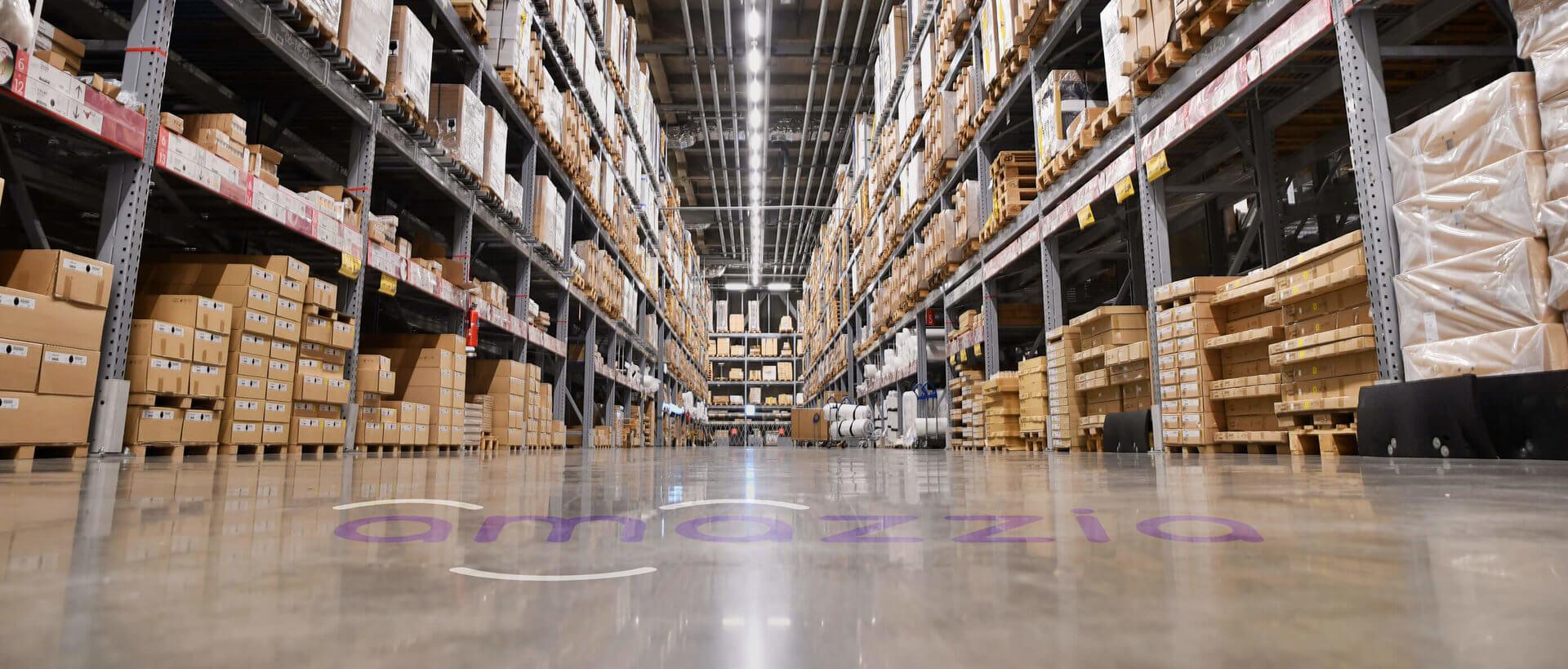 amazzia_distribution_warehouse_amazon_ecommerce